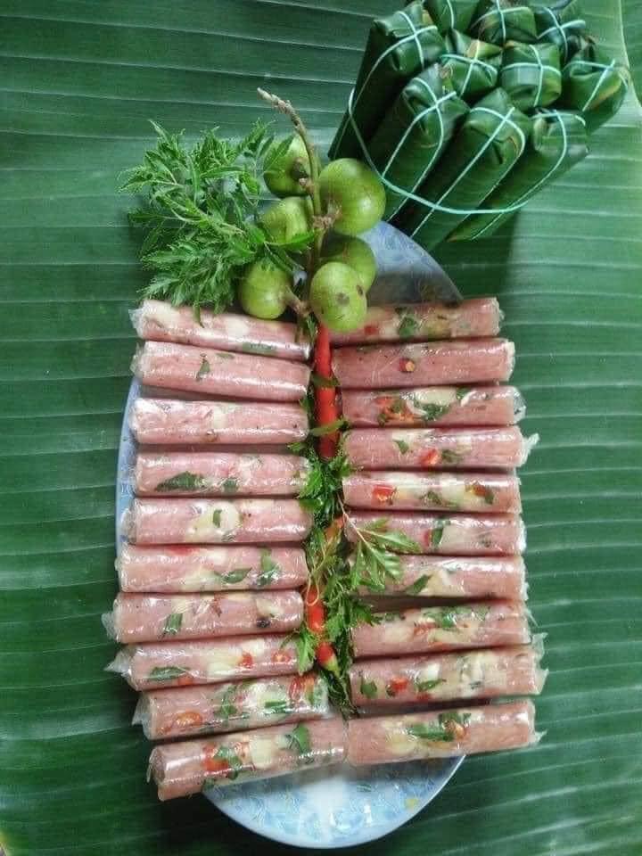 Sỉ nem chua Thanh Hóa
