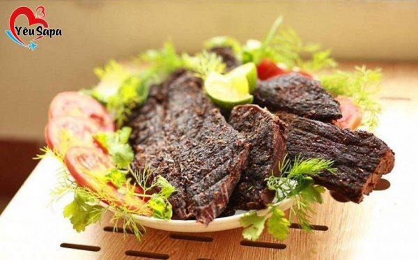 có bầu ăn thịt trâu gác bếp được không