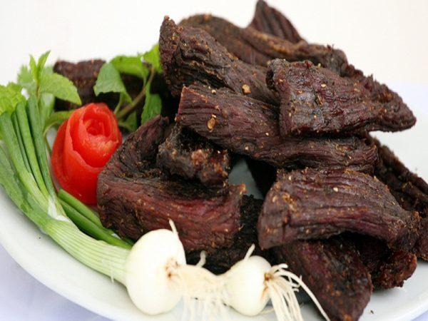 mua thịt trâu gác bếp Điện Biên