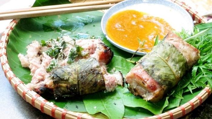Cách ăn nem nướng Thanh Hóa
