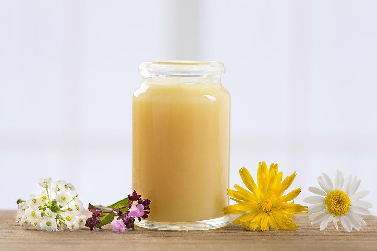 Mua sữa ong chúa ở Đà Nẵng